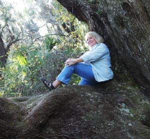 REP-in-oak-tree-close-350